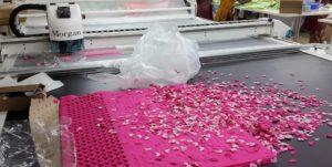 Раскрой аппликаций для вышивки на резаке RAZOR 25 APPLIQUE CUT for Embroidery