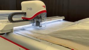 Раскрой сложных материалов в мебельной промышленности